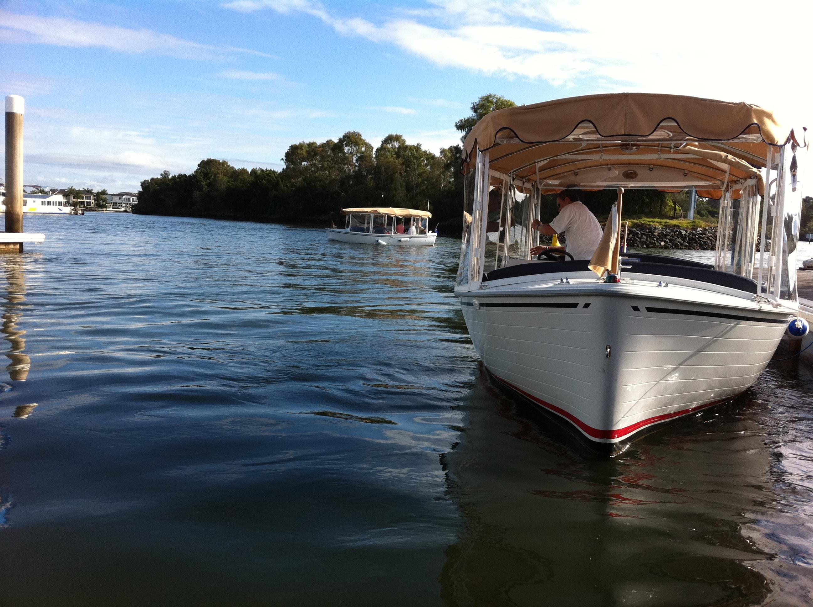 Boat hire main beach gold coast